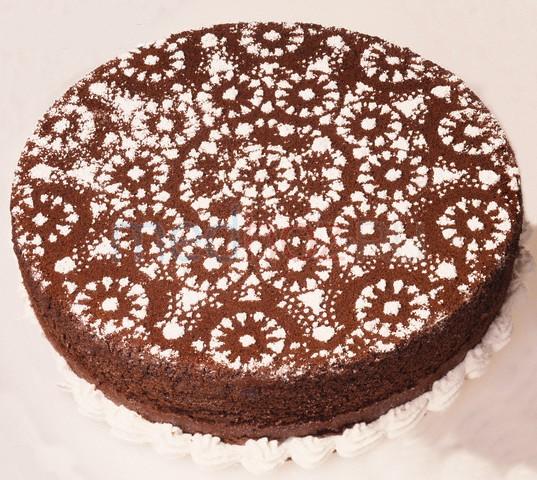 Украсить торт сахарной пудрой